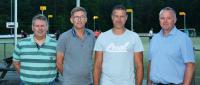 Nieuwe staf Dindoa tekent contracten